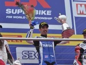 20110327_sbk_melandri_win
