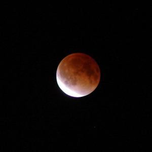 Luner_eclips_2_20111211_w60