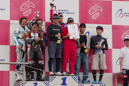 130928_sp5_podium65_ml