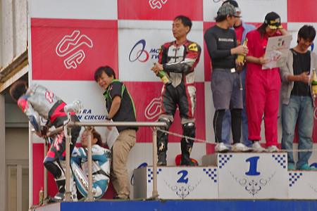 130928_sp5_podium70